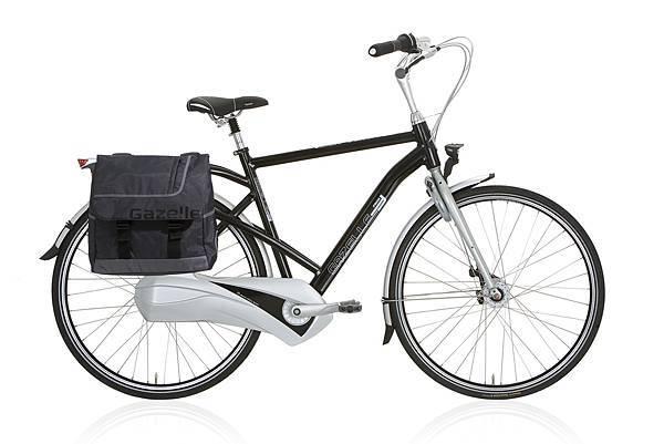 20521 Friiik h - zwart met tas.jpg