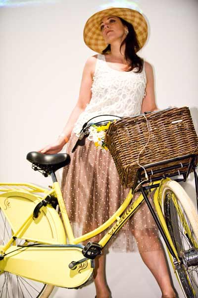 Gazelle-yellow-bike.jpg