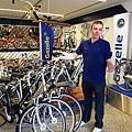 荷蘭最大自行車經銷商