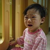 哭哭-2.JPG