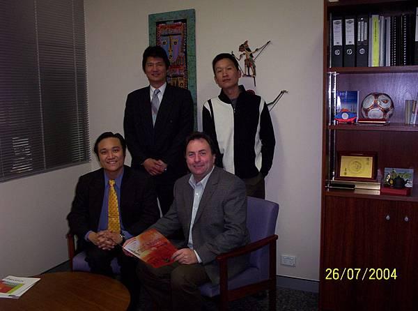 西澳國會議員Mr Tony McRae以及西澳台灣商會代表.Perth.JPG