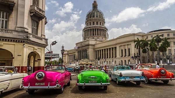 古巴古董車.jpg