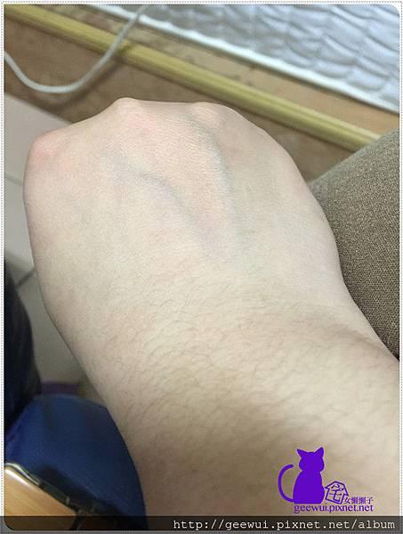 【試用報告】 澳洲 愛若莎 INNOXA 好用不沾手的 維他命B5美甲護手霜 保養品分享