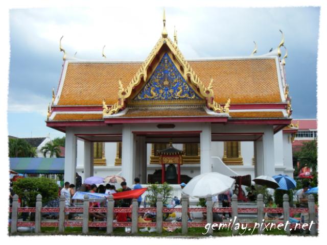 大理石寺 (Wat Benchamabophit)