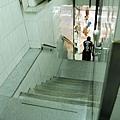 很狹小的樓梯