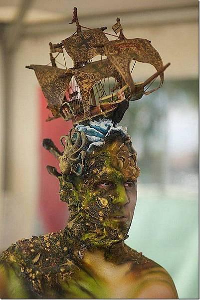 媲美萬聖節鬼妝的人體藝術-3