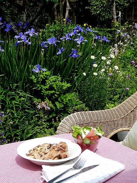 花園午餐1.JPG