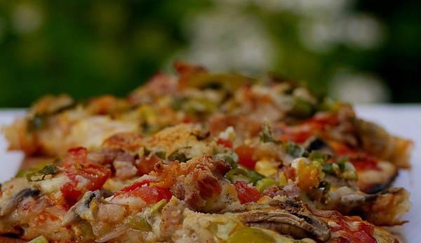 mushroom & bacon pizza 026