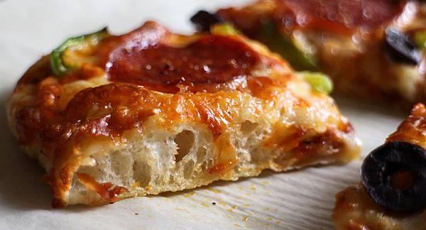 no knead pizza 107
