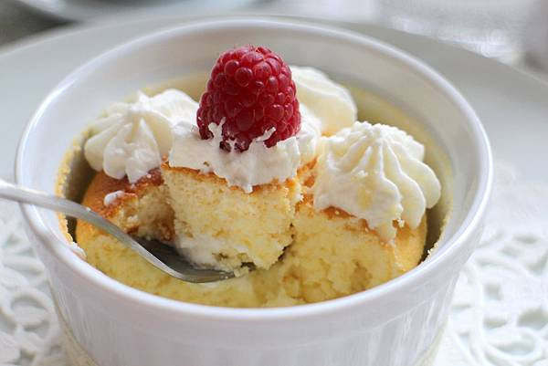 Souffle Lemon Cheese Cake 352