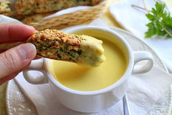 玉米濃湯 菠菜乳酪司康 133