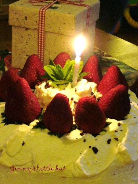 一歲生日蛋糕.jpg