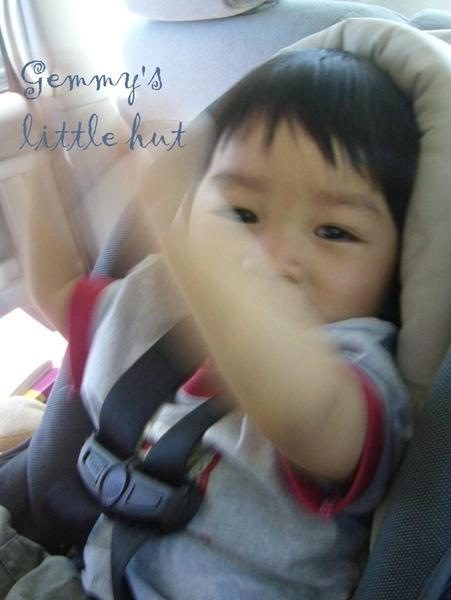 寶寶聽音樂表情3.jpg