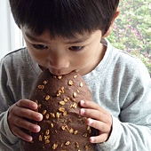 寶寶與麵包4.JPG