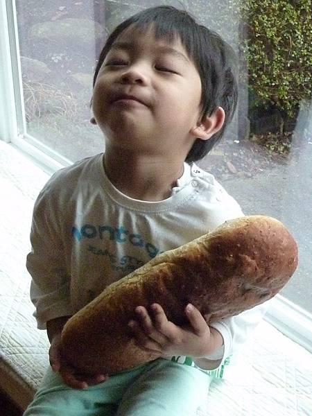 holding rusty bread 1.JPG