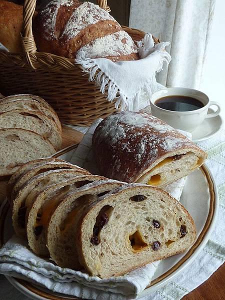 鄉村麵包早餐1.JPG