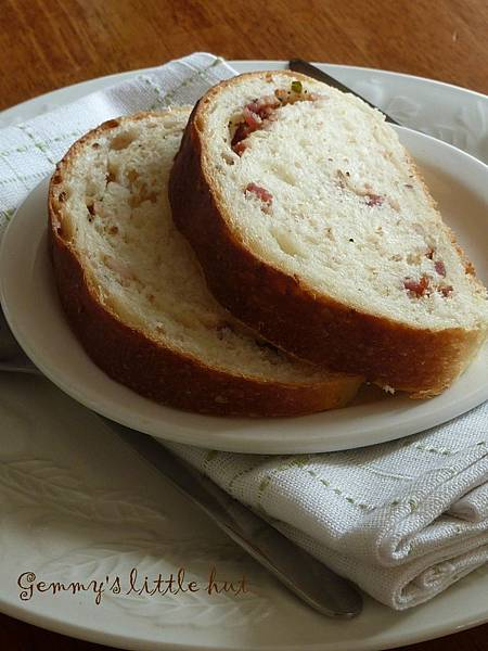 bacon and thyme bread.jpg