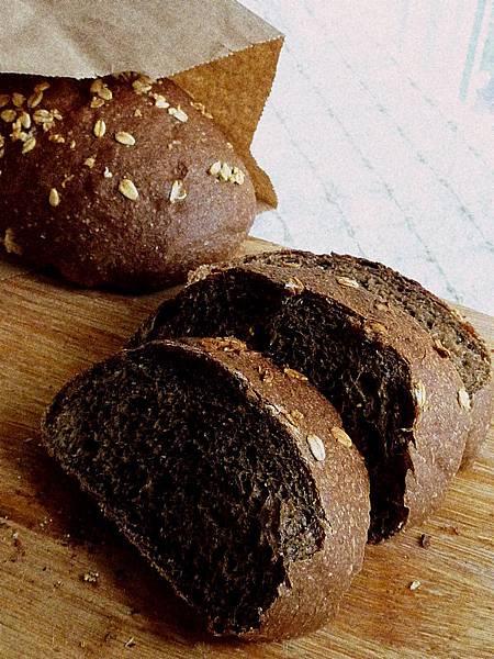 全麥黑咖啡麵包 162.JPG