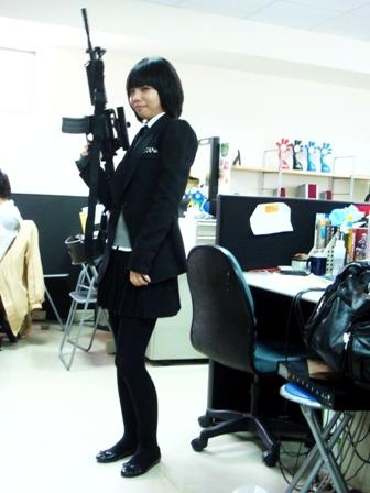 女學生與機關槍
