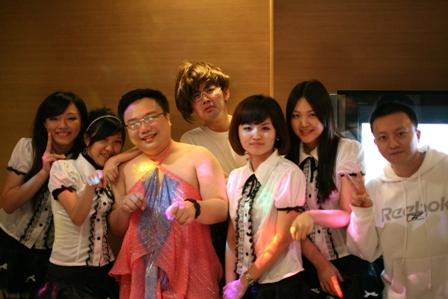 寶石歌舞團