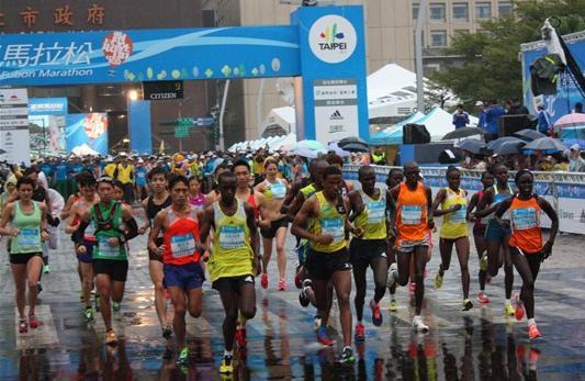 2013台北(富邦ADDIA)馬拉松-1
