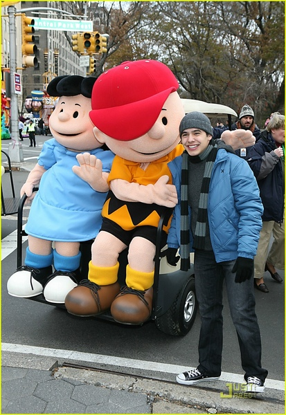 david-archuleta-thanksgiving-charlie-brown-04.jpg