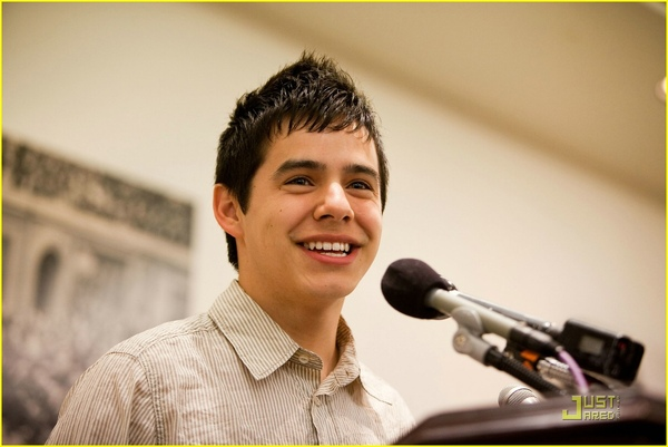 david-archuleta-childre-uniting-nations-02.jpg