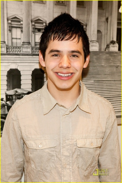 david-archuleta-childre-uniting-nations-03.jpg