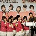 范逸臣來為冰淇淋少女組。打氣4.jpg