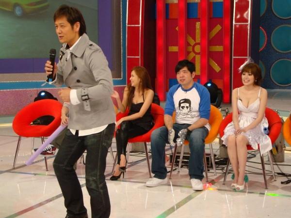 10月31  天才衝衝衝 華視首播