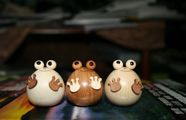 日本不倒翁小青蛙