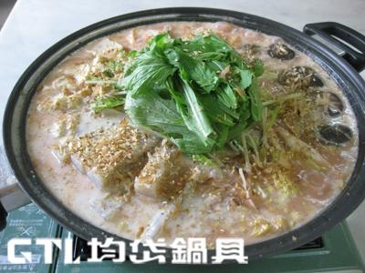 石狩豆奶鮭魚鍋2.jpg