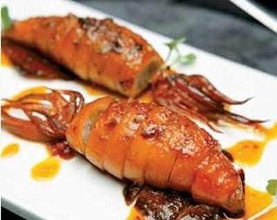 燒烤鮮鱿灌腸