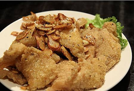 蒜片椒鹽魚片