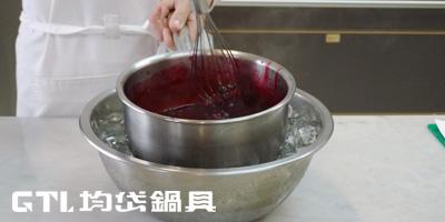 野莓巴伐利亞奶凍1.jpg