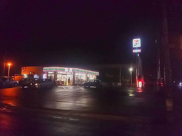 7-11夜景.jpg