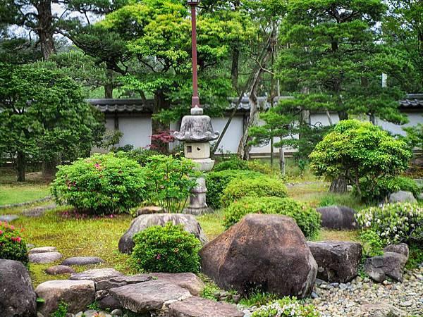 平造庭園.jpg