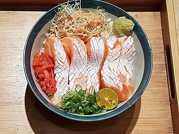 精選鮭魚丼(俯視).jpg