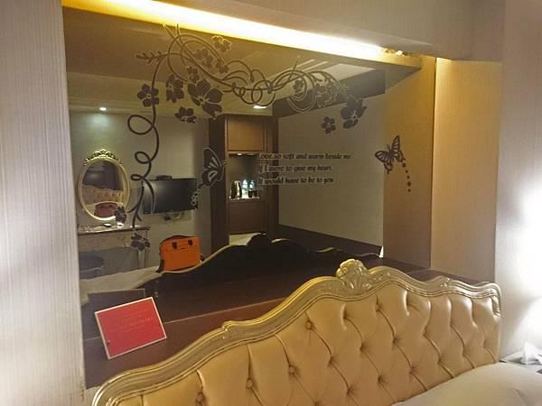 床頭鏡.jpg