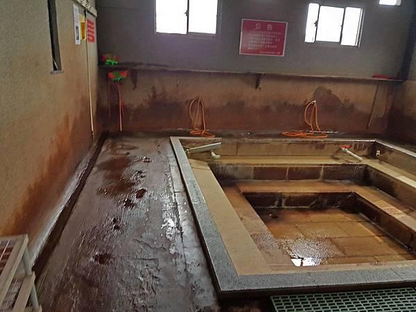 女浴池.jpg