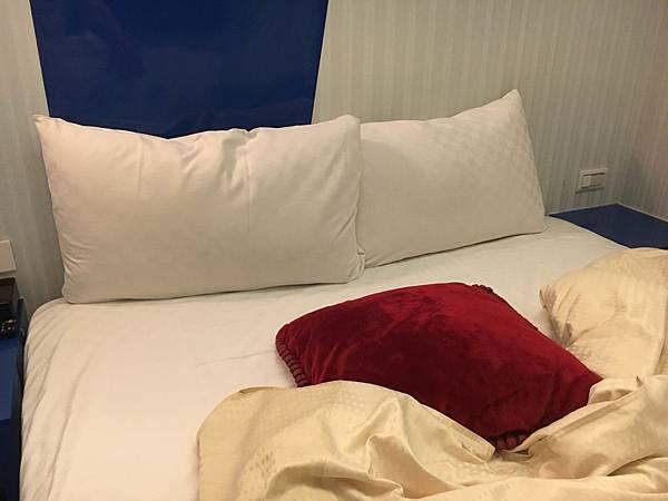 枕頭.jpg