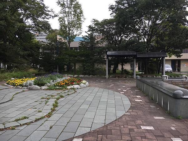 科學中心前公園.jpg