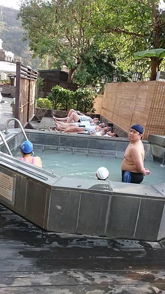 石板浴+八角靜態池.jpg