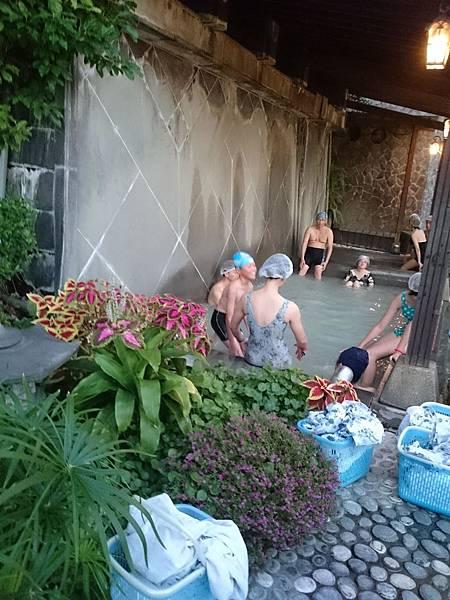 寢浴池.jpg
