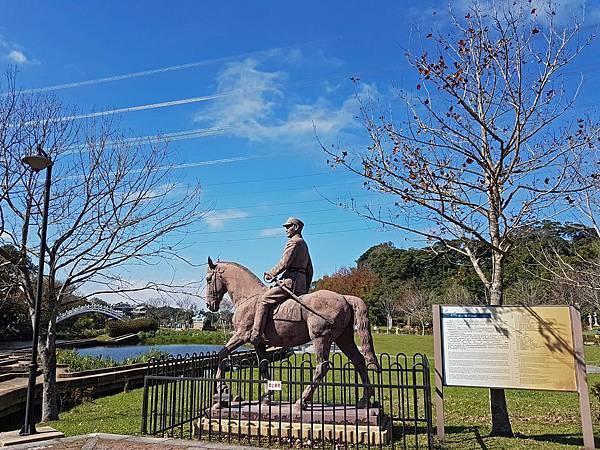 騎馬像.jpg