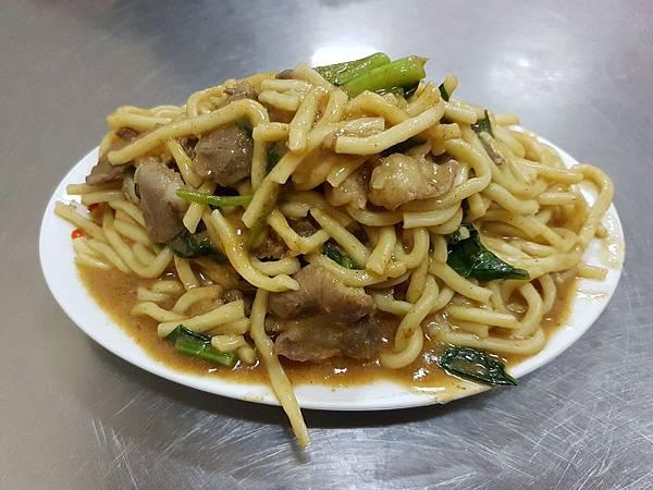 沙茶羊肉炒麵.jpg