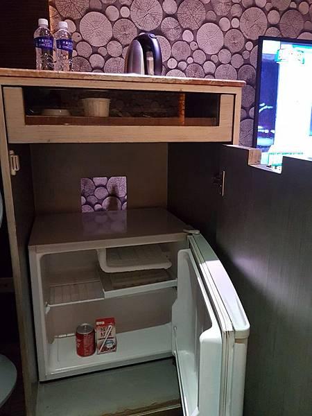 冰箱免費飲料.jpg