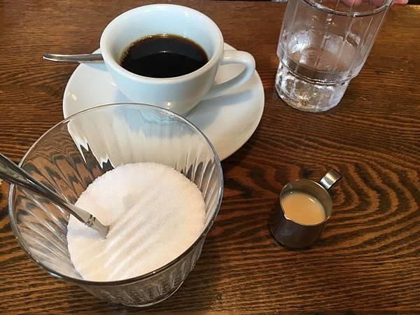 咖啡組.jpg