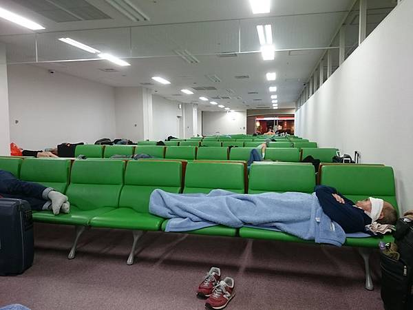 機場休息室.jpg