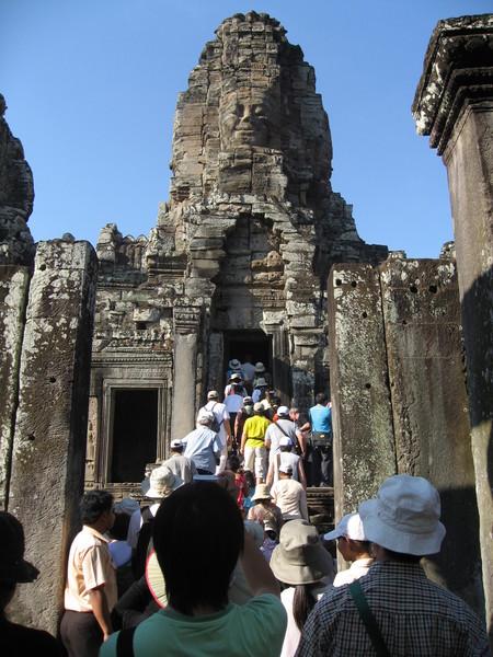 高棉的微笑--大吳哥巴戎廟